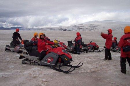 К айсбергам в Ледниковую лагуну Исландии Jokulsarlon