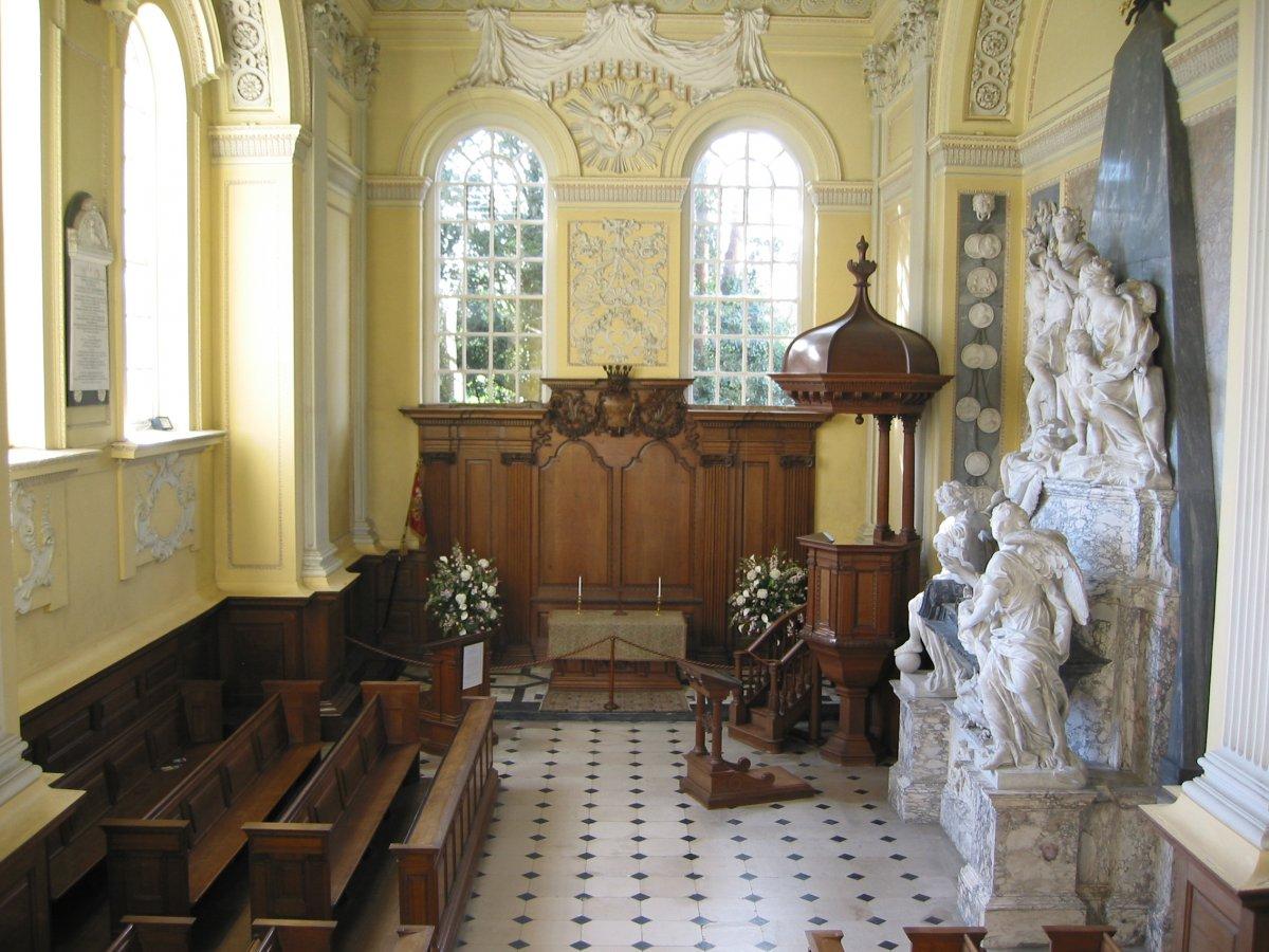 Блэнем: дворец, родовое гнездо герцогов Мальборо. Место рождения Уинстона Черчилля