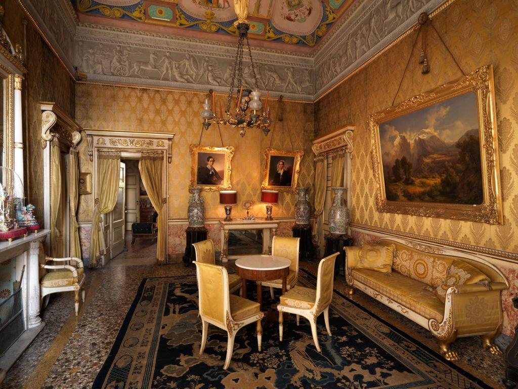 Дворец Морони — жилая резиденция Верхнего Бергамо с 17 века и до наших дней