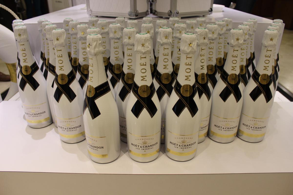 Визит в элитные дома шампанских вин с дегустацией