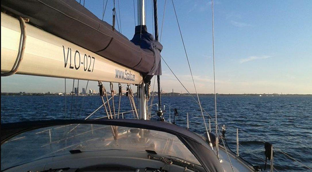 Поездка на яхте с гидом по Таллинскому заливу