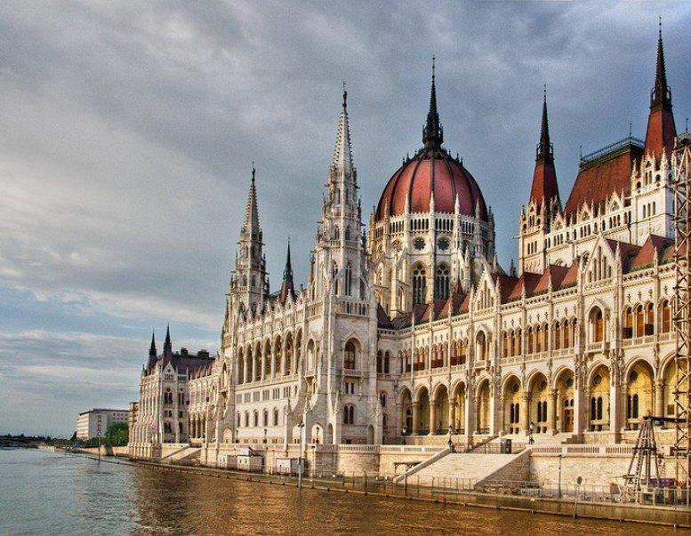 По Будапешту пешком и на автомобиле