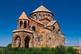 Эчмиадзин — духовный центр армян всего мира