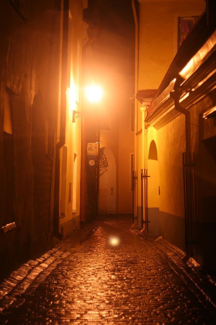 Мистический Таллин: истории Красного монаха