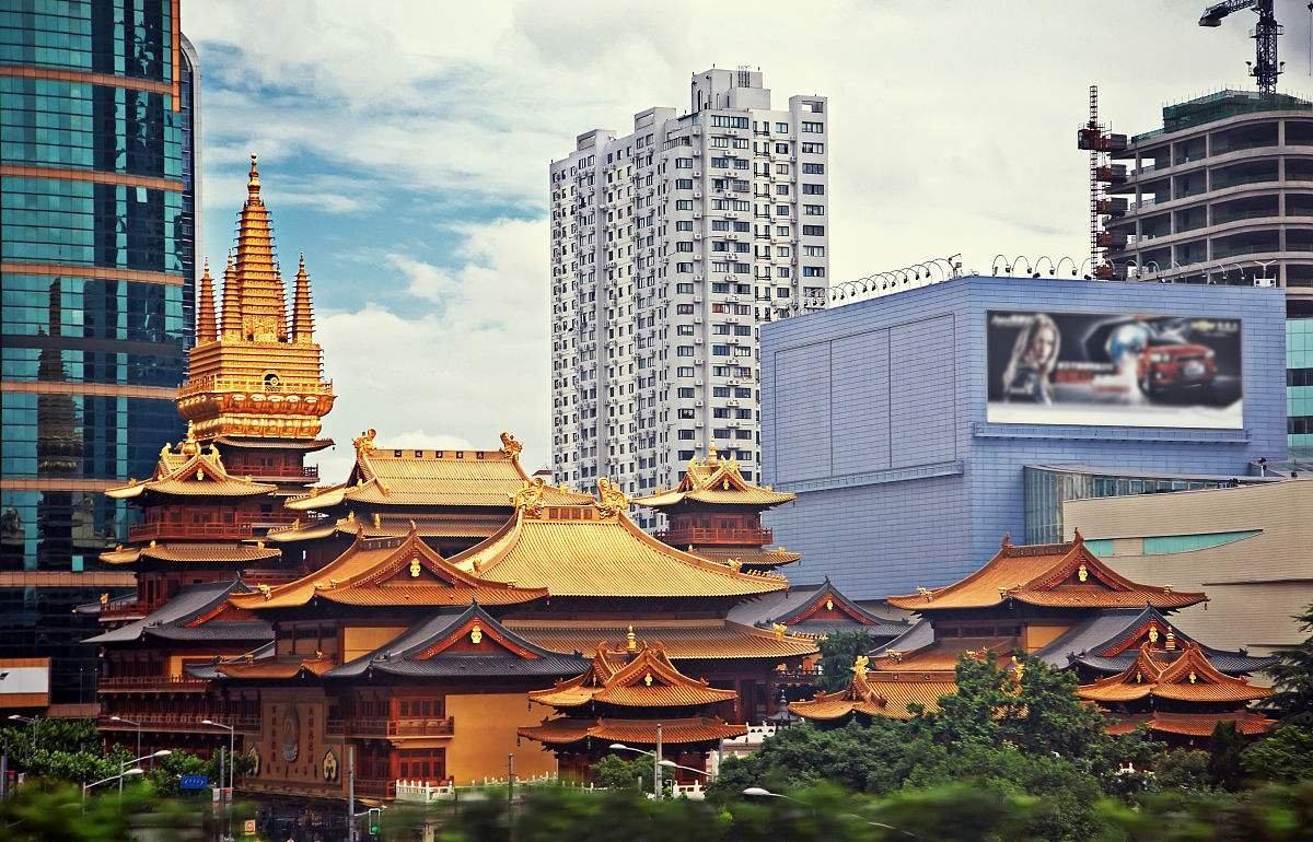Шанхай «Восток-Запад»