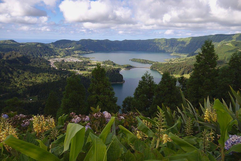 Однодневные частные туры по острову Sao Miguel на русском языке