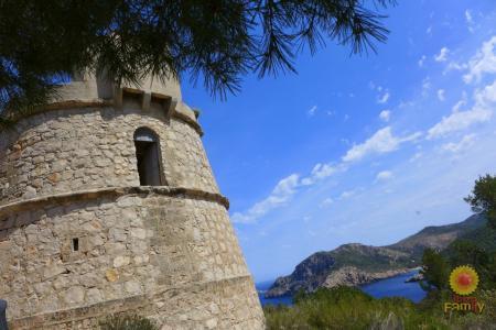 «Пиратская» башня Торре-ден-Вайс (Torre d'en Valls)