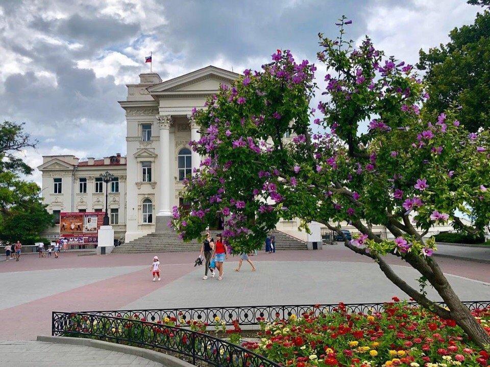 Обзорная экскурсия по Севастополю