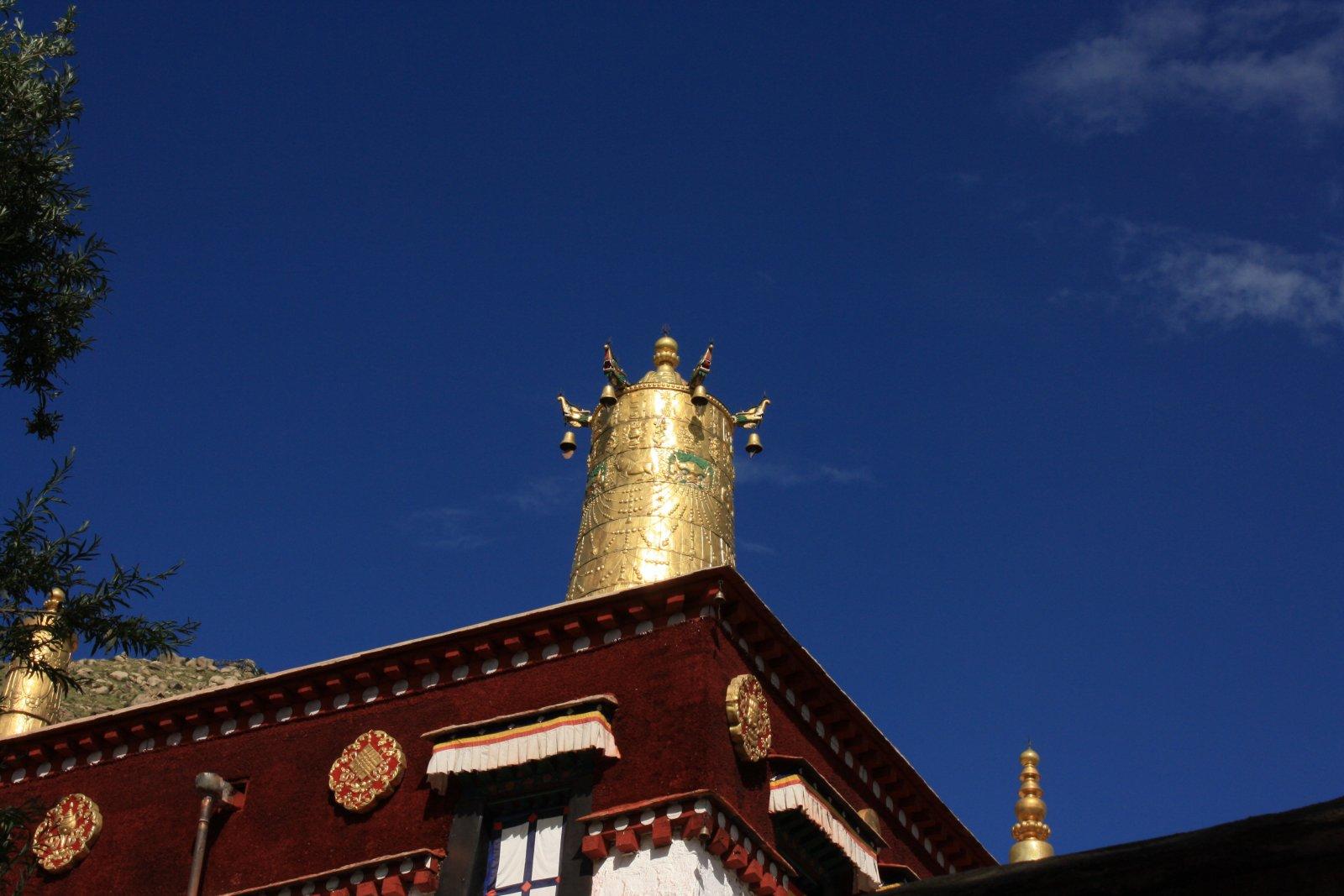 Столица Тибета — Лхаса и озеро Ямдрок Цо