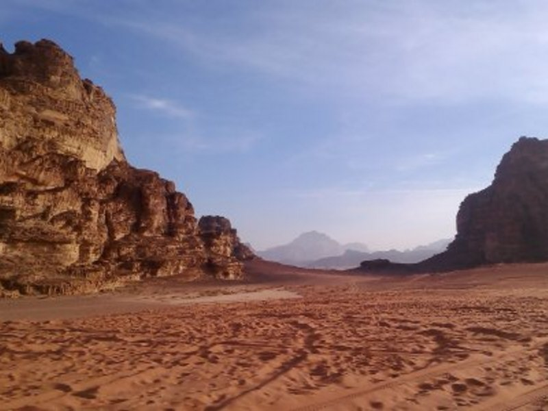 Марсианские пейзажи пустыни Вади Рам