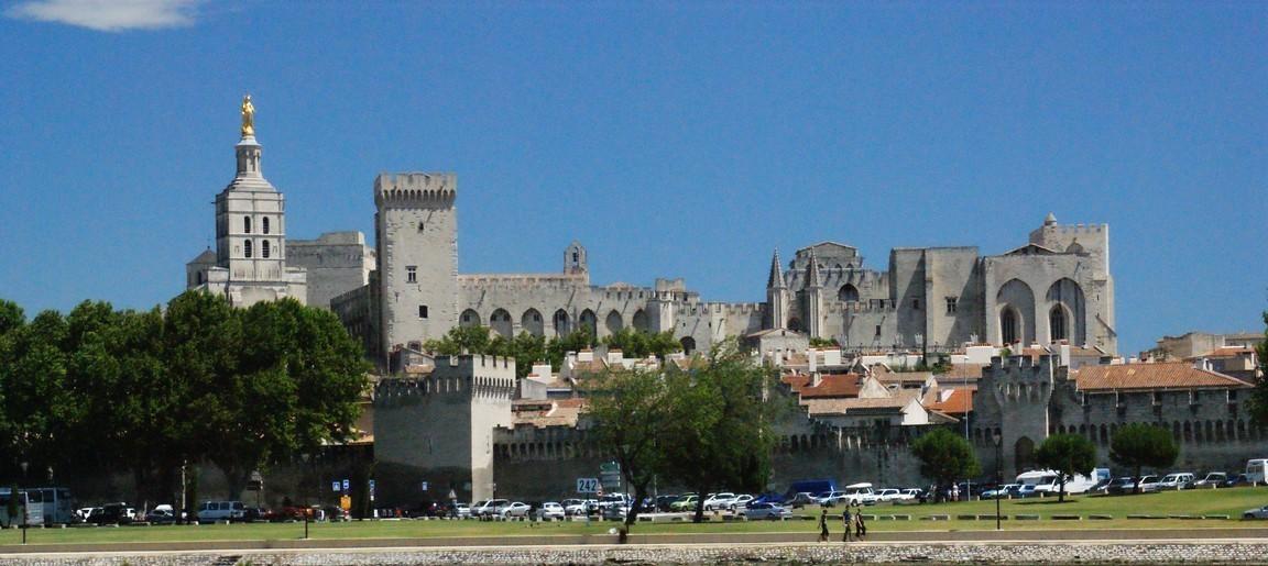 Авиньон — город пап и звенящих колоколов