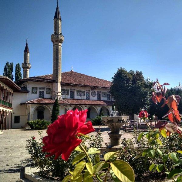 Бахчисарай — частичка Востока в Крыму