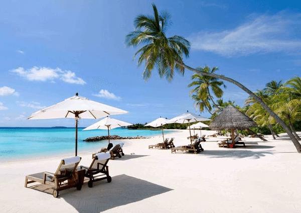 Горячие источники Биньтяу и пляж Хокок