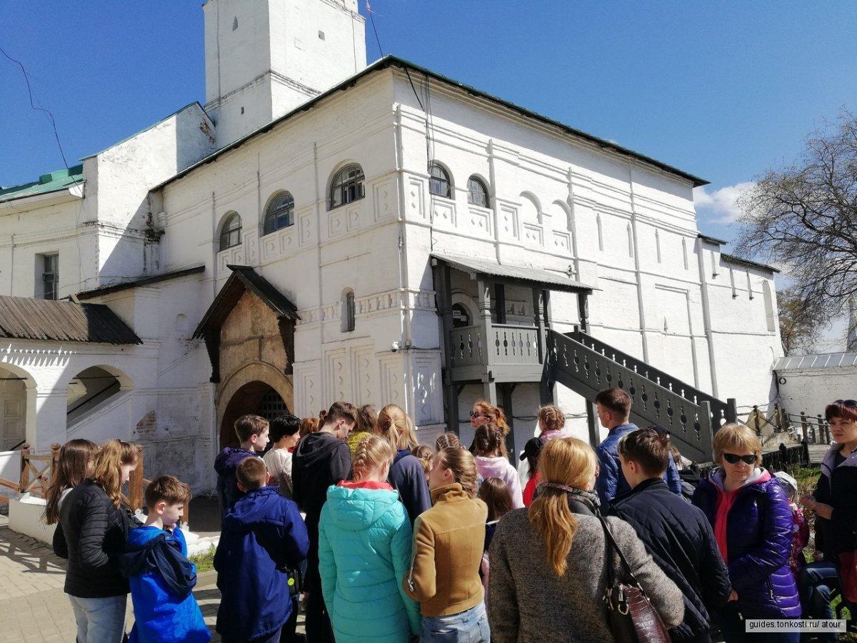 Детская экскурсия по Ярославлю
