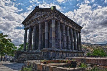 Покоряя Армению