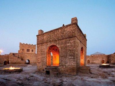 Тур одного дня по всему Апшерону: Храм и Гора огня, крепости и места силы Гала и Мярдякан!