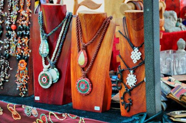 Хиппи-маркеты Ибицы (Hippy-markets)
