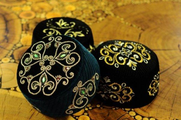 Мастер-классы «Татарские ремесла» — «Тюбетейка своими руками» и «Искусство завязывать платок»