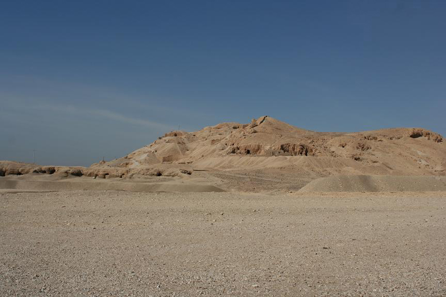 Кемпинг ночью в Белой и Черной пустыни из Каира