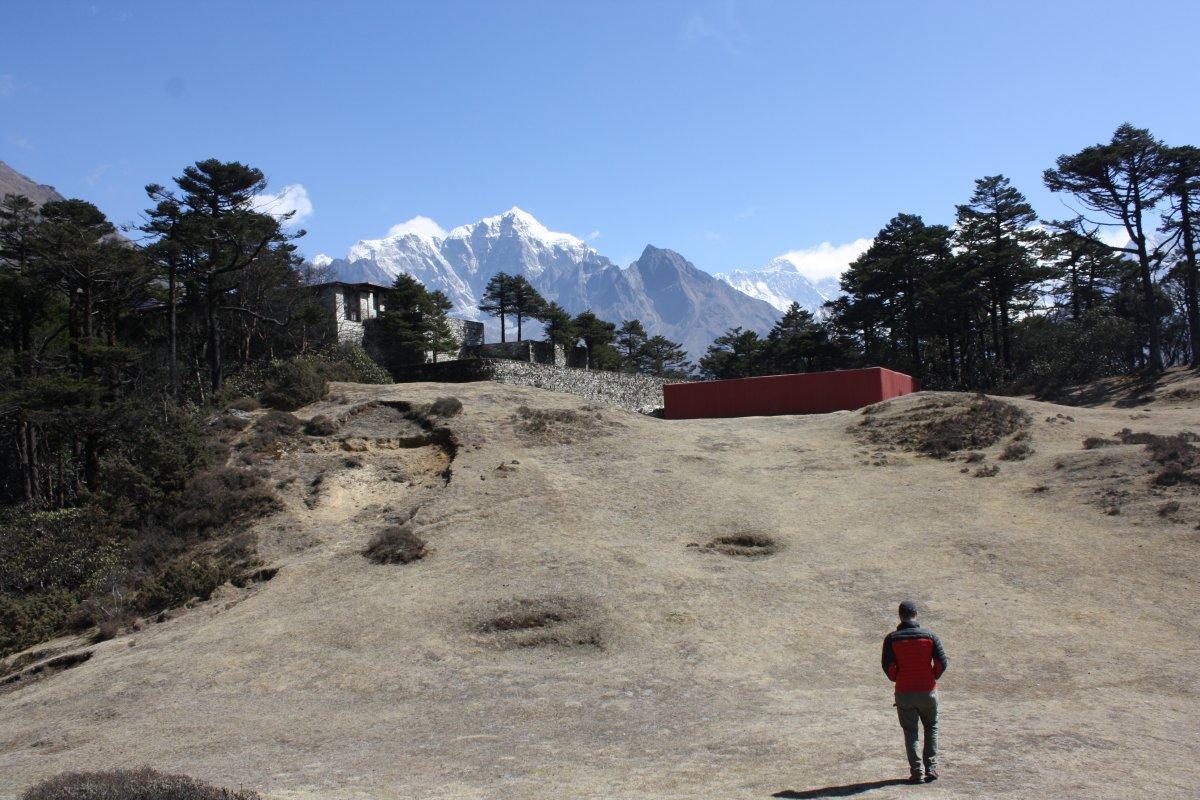 Полет на вертолете в регион Эвереста