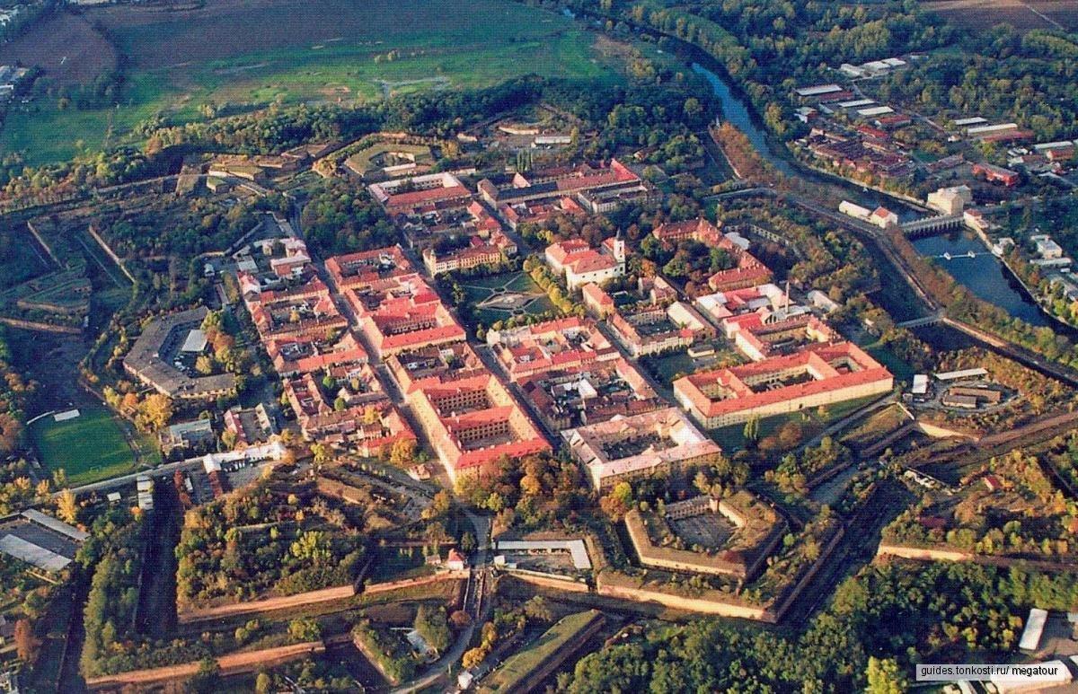 Экскурсия в Терезин из Праги