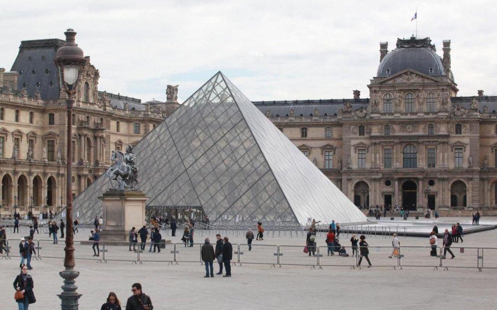 Лувр — знаменитые шедевры