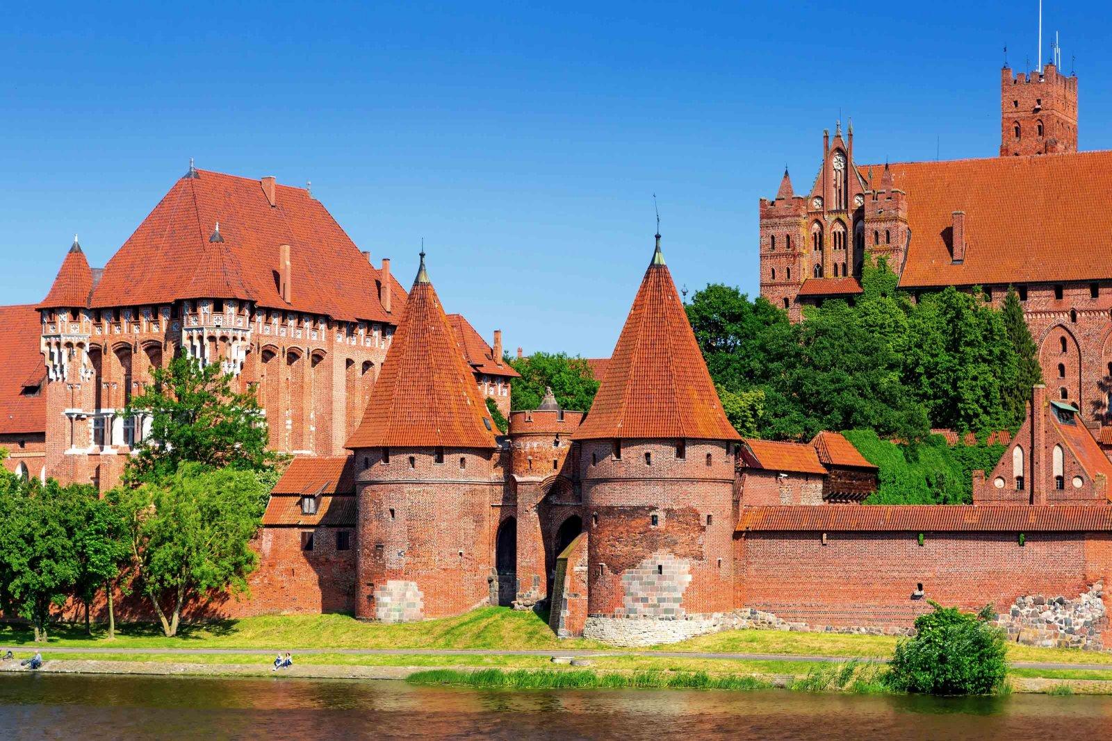 Мальборк (Польша) из Калининграда — едем в крупнейший замок Европы