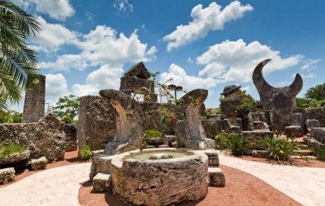 Коралловый замок — архитектурное чудо в Майами