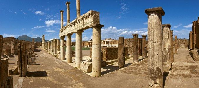 Археологические развалины Помпеи