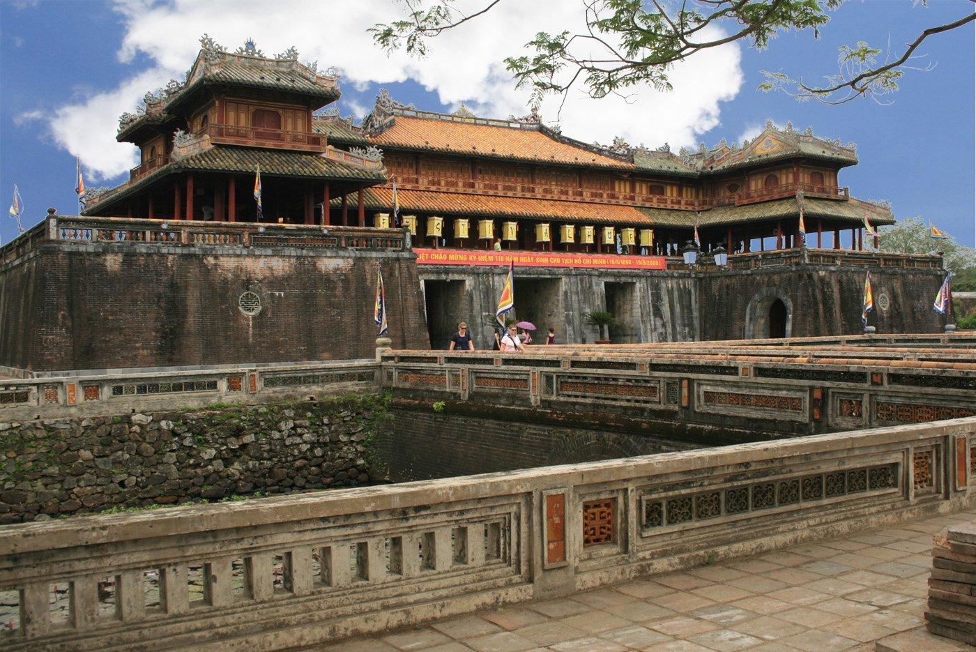 Обзорная экскурсия по городу в Хюэ