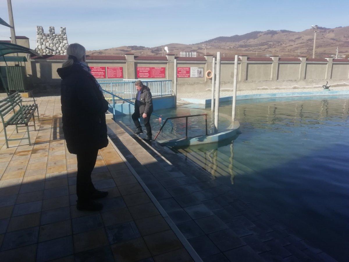 Красоты Кавказа: Голубые озера, термальные источники