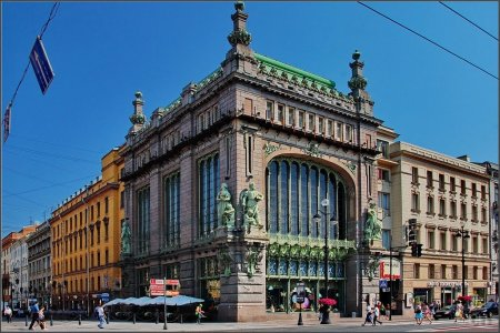 Елисеевский магазин – главная витрина Невского проспекта (+ чаепитие)
