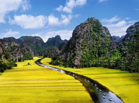 HAN 04: Экскурсия по древней столице Вьетнама Хоалы и национальному парку Там-Кок