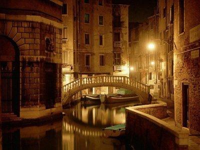 Тайны ночного города — вечерний романтик-тур по Венеции