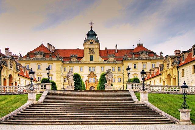 Из Праги в замок Леднице + замок Валтице
