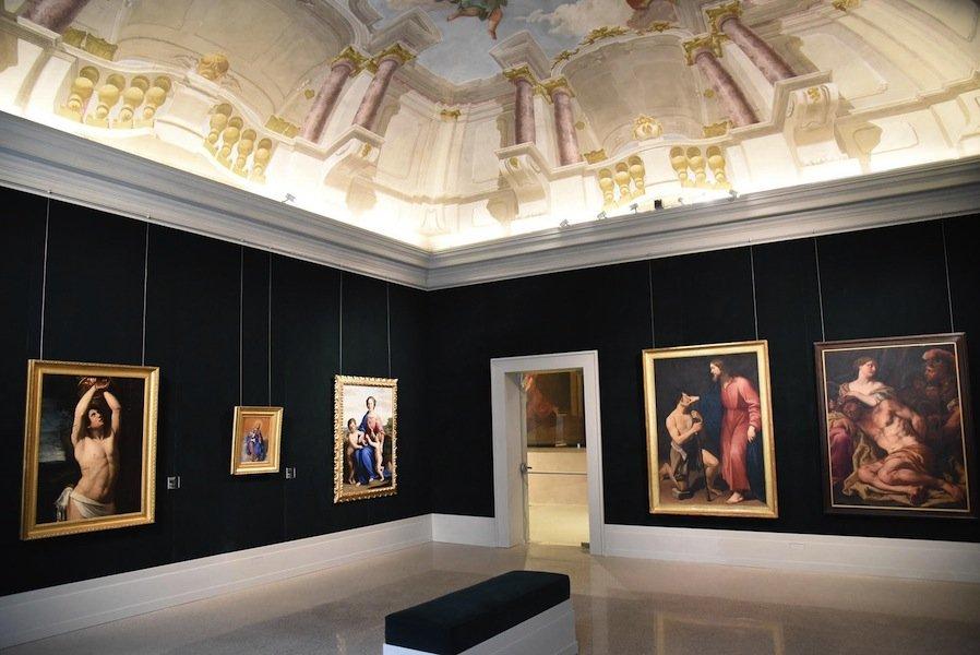 Картинная галерея Тозио Мартиненго (Пинакотека)