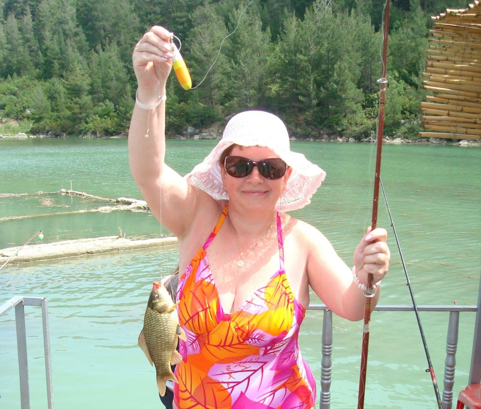 Пикник и рыбалка на озере Караджаорен из Кемера — Анталии — Белека