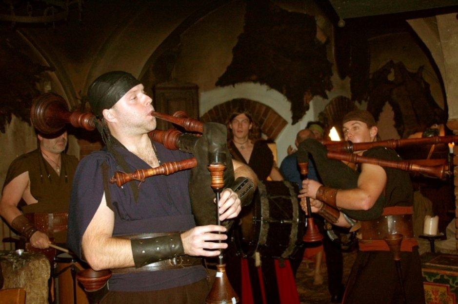 Встреча Нового года в средневековой корчме Детенице