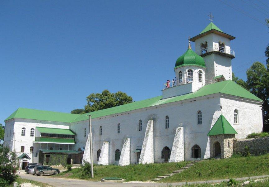 Михайло-Афонский мужской монастырь и Святой источник