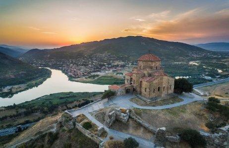 Мцхета и Тбилиси — древняя и современная столицы