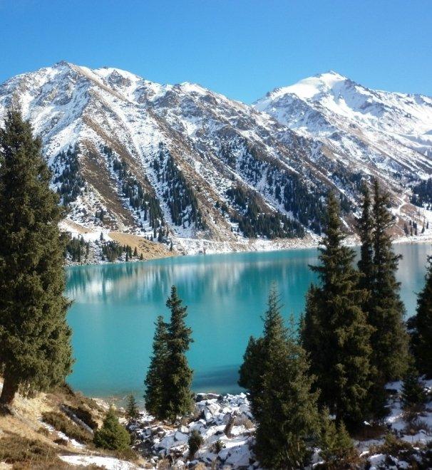 Треккинг через ущелье Чукур к водопаду и на Большое Алматинское Озеро
