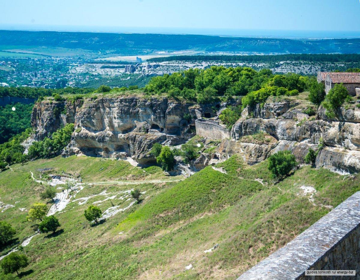 Экскурсия в пещерный город Чуфут-Кале