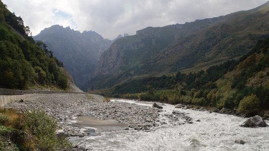 Джиппинг в Верховья Черекского ущелья, долина Уштулу
