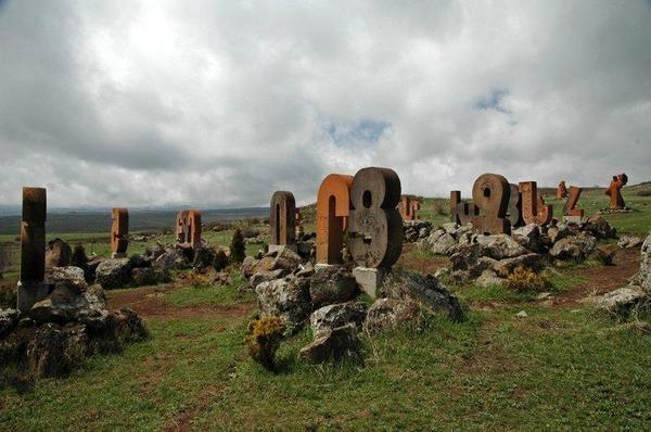 Аштарак — Ошакан — крепость Амберд и монастыри на краю ущелья