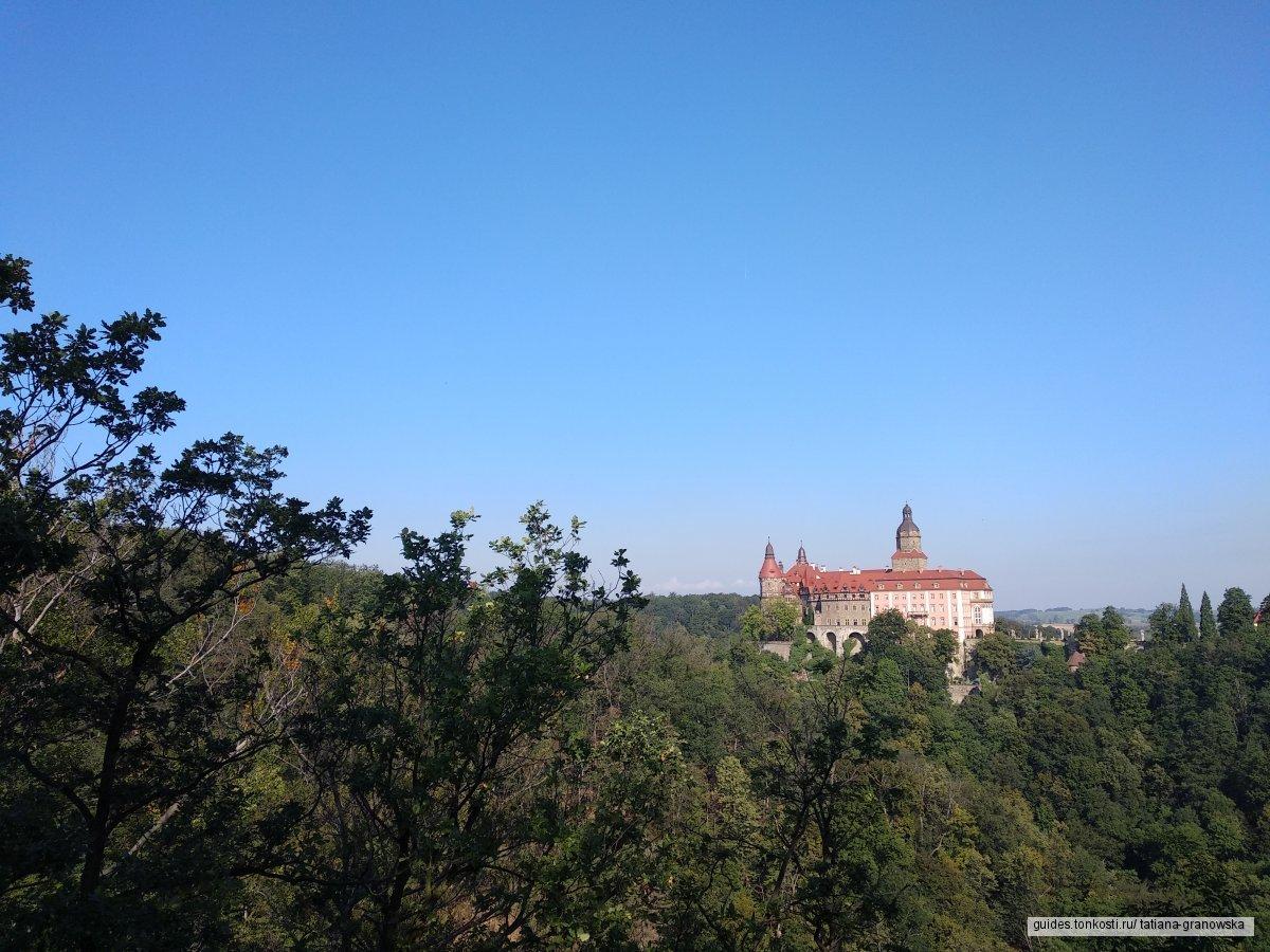 Экскурсия в замок Ксёнж и город Свидница из Вроцлава
