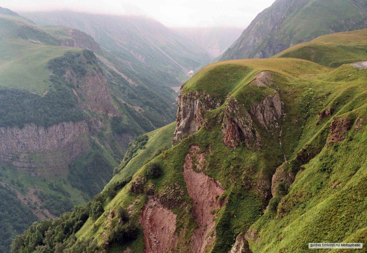 Однодневная экскурсия Казбеги — Гергети (Военно-Грузинская дорога)