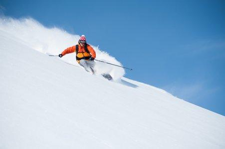 Инструктор по горным лыжам и сноуборду в Курмайоре