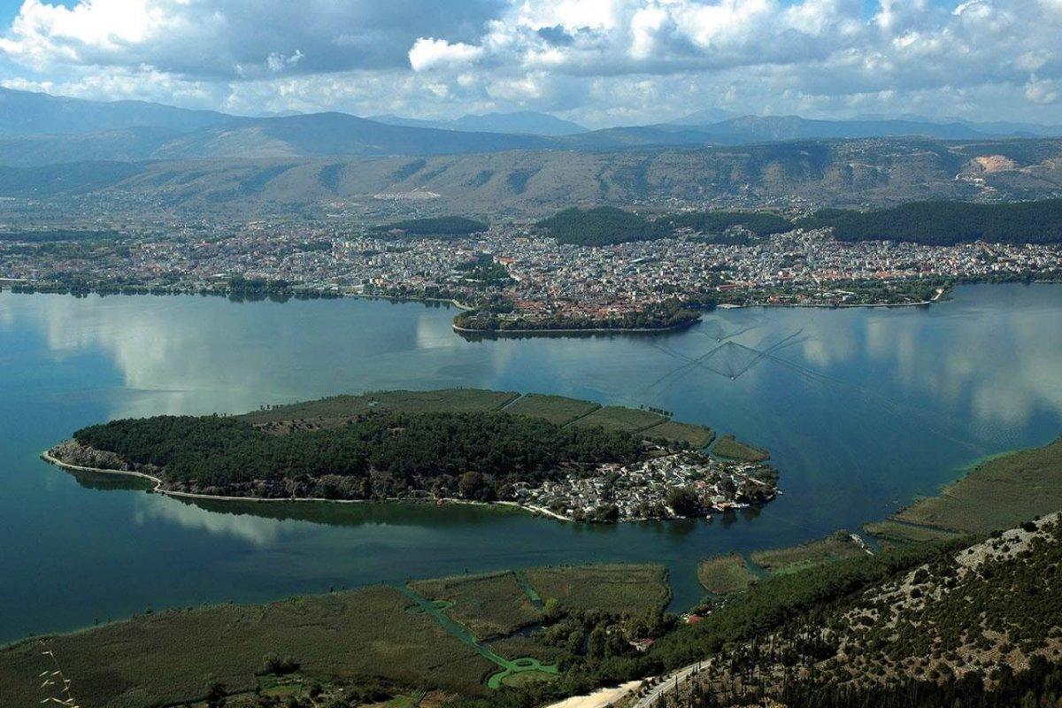 Янина — столица Эпира