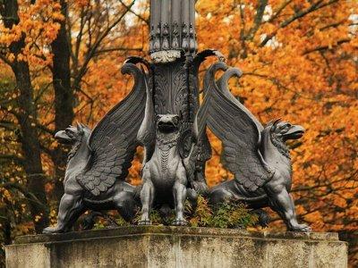 Усадьба Кузьминки — прогулка по тенистым аллеям