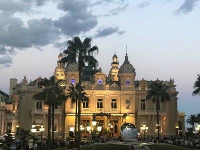 Monaco, Monte-Carlo by night. Ночной блеск Монте-Карло, Монако